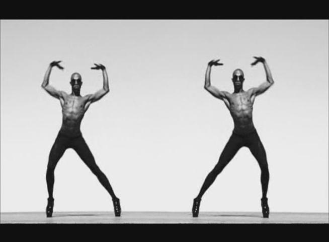 Madonna - Girl Gone Wild Video Capturas