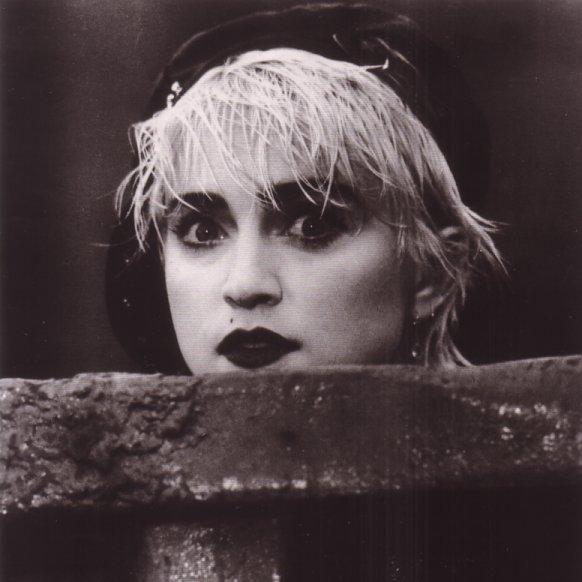 Madonna - Who´s That Girl - Quem É Essa Garota